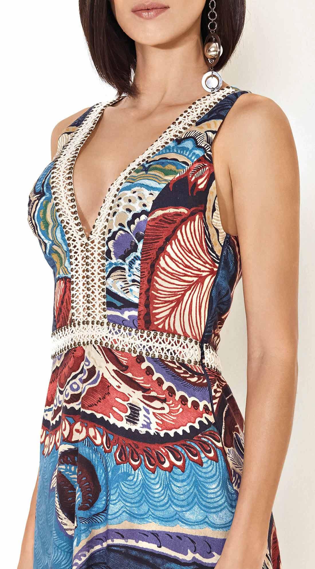 6288aa89d5 Vestido Floral Arabesco Com Detalhe Decote Azul Telha - morenarosa