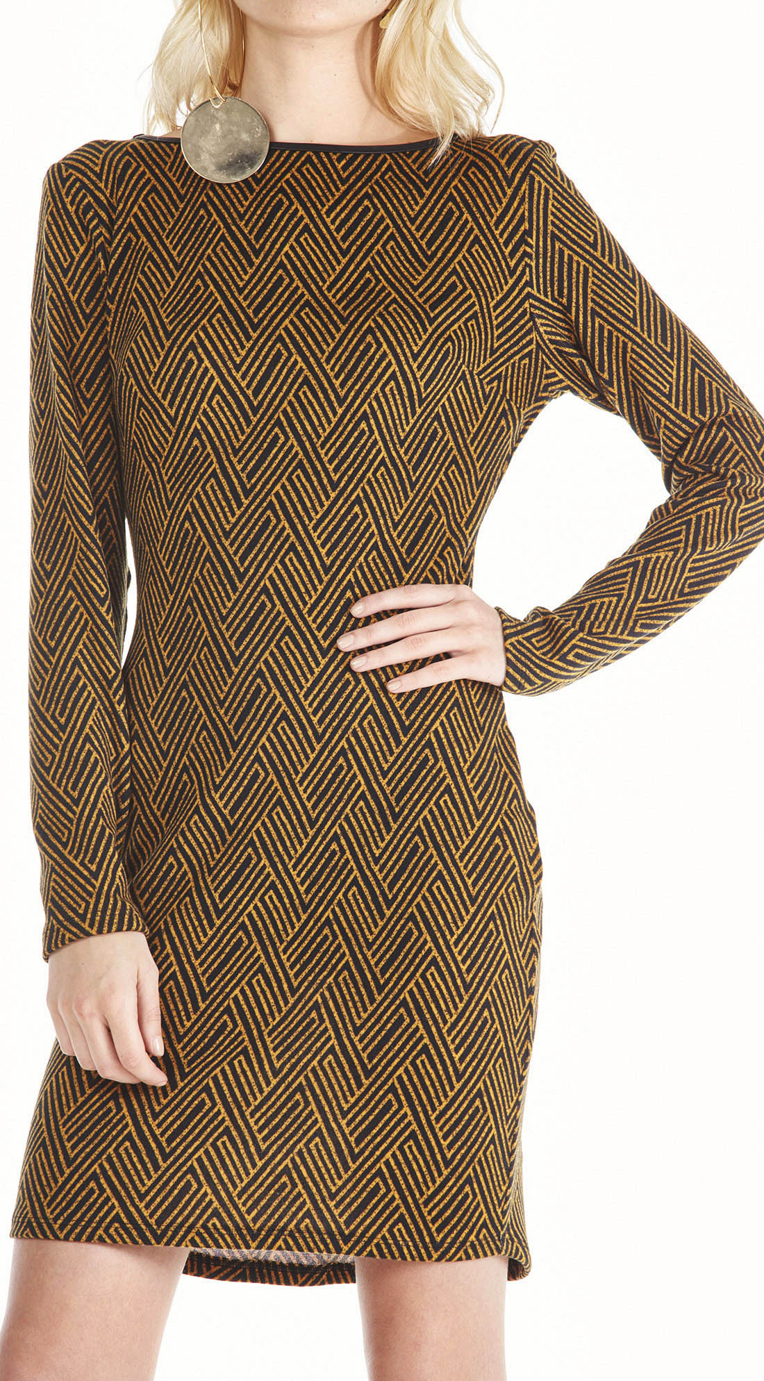 b1fafea603 Vestido Manga Longa Estampa Geometrica Preto Mostarda - morenarosa